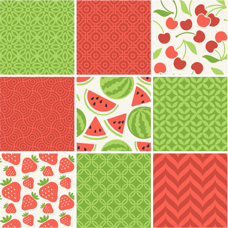 seamless vintage floral pattern: Seamless vector patterns set - summer berries backgrounds Illustration