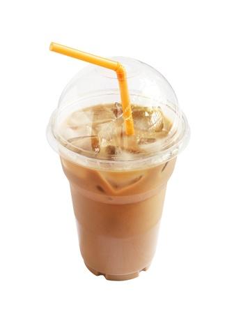 Ice Kaffee im Plastikbecher auf weißem Hintergrund Standard-Bild - 14120724