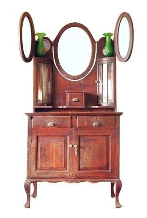 muebles antiguos: Vestuario vintage aisladas sobre fondo blanco Foto de archivo