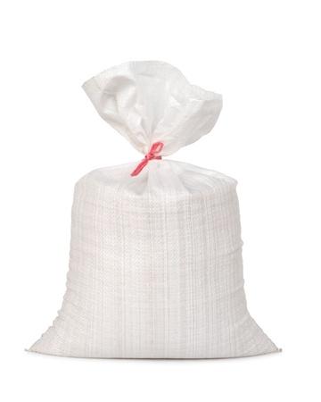 Weiß Leinensack mit voller paddy isoliert auf weißem Hintergrund Standard-Bild - 15885117