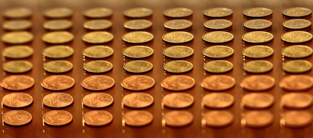 cents: Euro cents which lie in lines