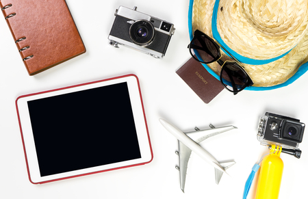 Empty tablet screen with summer travel fashion and objects Banco de Imagens