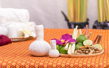 Kuuroordkruid en voorwerpen voor Thaise Massage spa Stockfoto