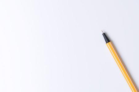 Zwarte pen op wit papier textuur voor kopie ruimte