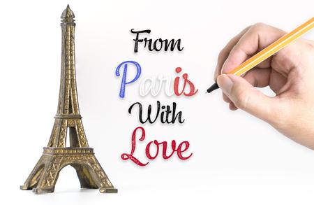 Main qui écrit de Paris avec amour avec tour eiffel Banque d'images - 92821403