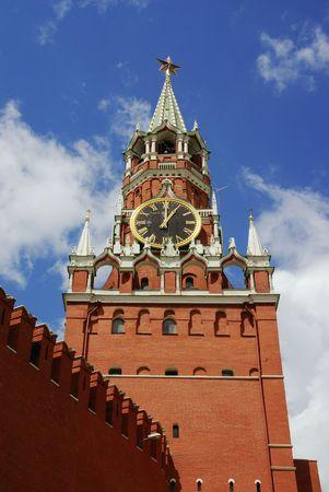 communistic: Spasskaya - torre principal del Kremlin de Mosc�, Rusia