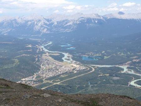 cima montagna: Una vista dalla cima Jaspers tram montagna