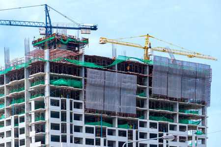 construction equipment: construction of a building Stock Photo