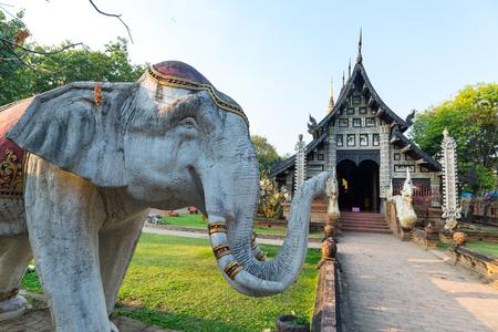 Wat Lok mo lee, Temple was built of teak wood, Chiang mai,Thailand Imagens