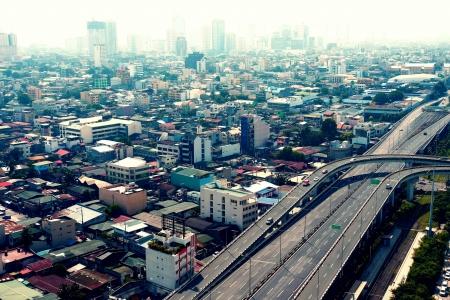 hiway: Skyline of a city