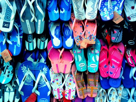 flip flops: Colorful slippers or flip flops
