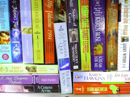 pocket: Used books in used books store Stock Photo