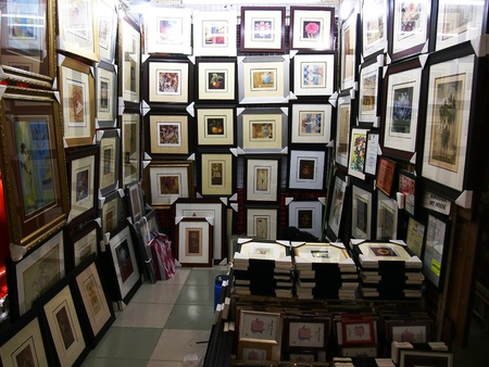 Stalls selling art paintings inside the Greenhills Shopping Center in San Juan City, Philippines Stock fotó