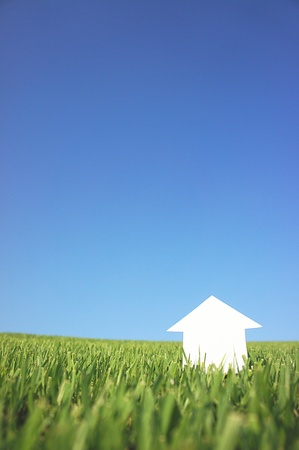 paper house  under sky Stock Photo - 10644672