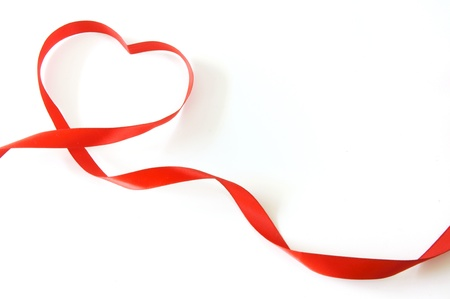 ruban de coeur rouge