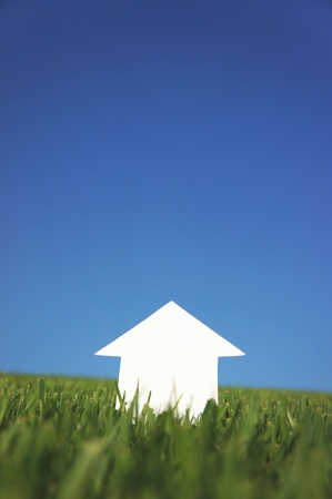 paper house  under sky Stock Photo - 10738045