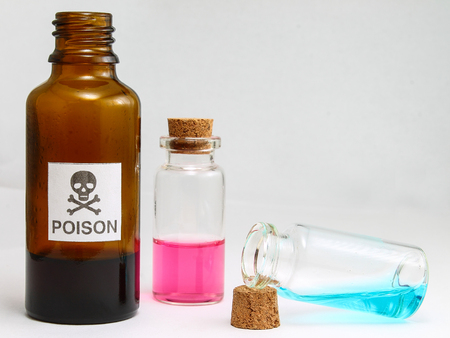 Poison contains Methyl alcohol