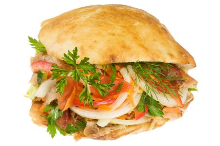 pinchos morunos: Doner kebab sobre un fondo blanco.  Foto de archivo
