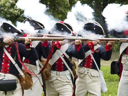 Soldaten van de Napoleontische oorlogen, het afvuren van een vallei