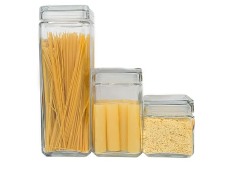 Italiaanse pasta in een glazen containers  Stockfoto
