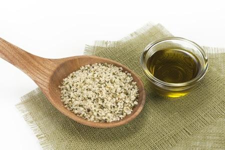 shelled hemp seeds and hemp oil