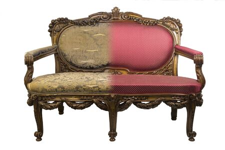 Antique Vintage sofa before and after restoration, in a single photo Archivio Fotografico