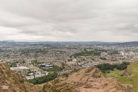 View of Arthurs Seat in Holyrood Park in Edinburgh, Scotland Archivio Fotografico - 137414380