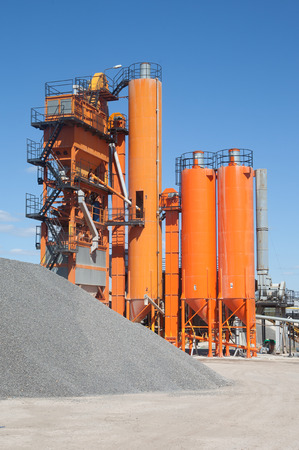 Asphalt plants for road construction