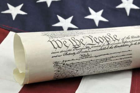 constitucion: Nosotros El Pueblo - EE.UU. Constituci�n y Bandera