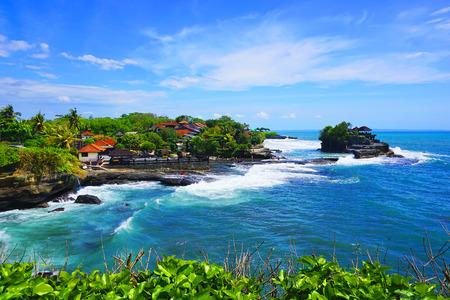 タナロット寺院、バリ島、インドネシア 写真素材