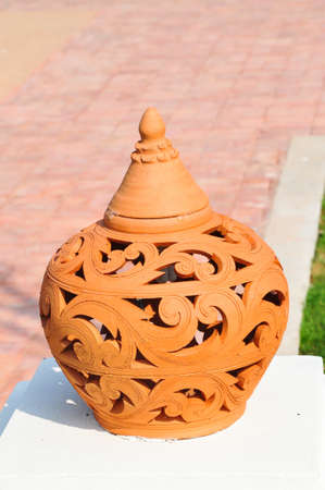 the ceramic pot for decoration the garden