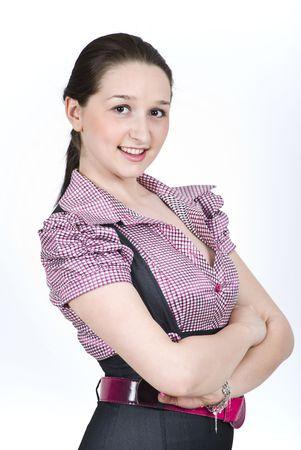mains crois�es: Dame �l�gante heureuse habill� dans une chemise avec carr�s souriant et permanent avec les mains crois�es