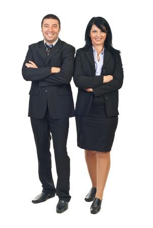 mani incrociate: Lunghezza totale di persone happy business team in piedi con le mani incrociate isolato su sfondo bianco