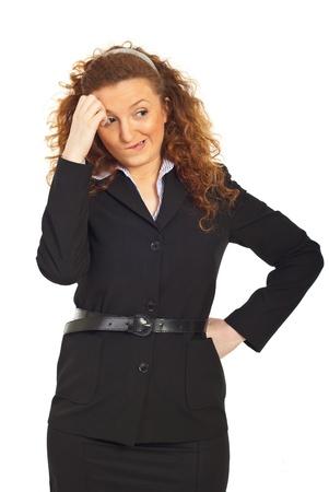 ind�cis: Ind�cis, pens�e business woman mordant l�vres et � la recherche away isol� sur un arri�re-plan blanc