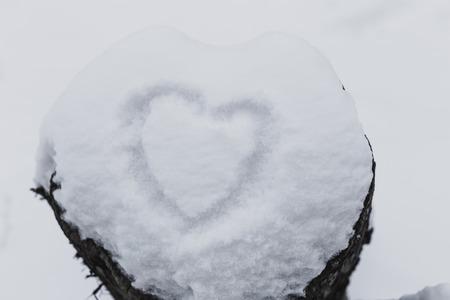 ahogarse: blanco como la nieve con el coraz�n se ahogan fondo la forma de