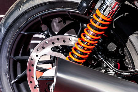 the rear wheel of the motorcycle Banque d'images - 157960965