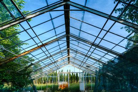 old, big glasshouse