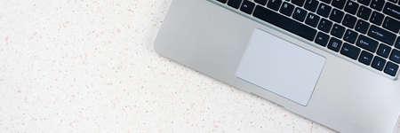 desktop with laptop horizontal, panorama, panoramic Banque d'images