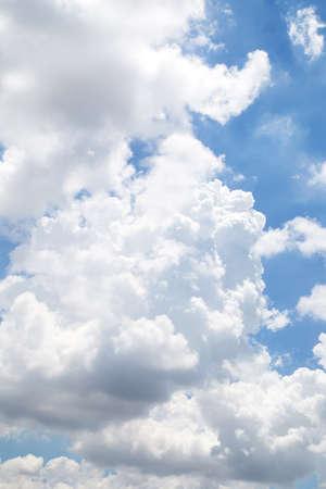 nimbi: blue sky with cloud