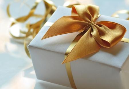 schleife: Weihnachtsgeschenk