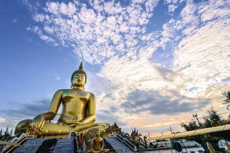 ang thong: The Biggest Seated Buddha Image at Wat Muang Ang Thong, Thailand