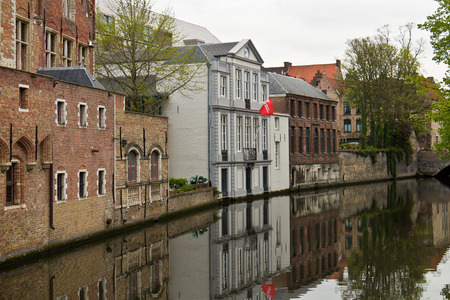 benelux: Canal in the medieval town center of Bruges