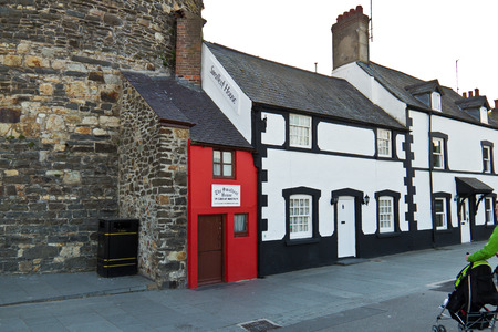 smallest: The Smallest House in Great Britain located in Conwy, Wales