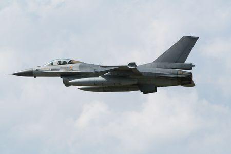 F-16 jet plane flyby