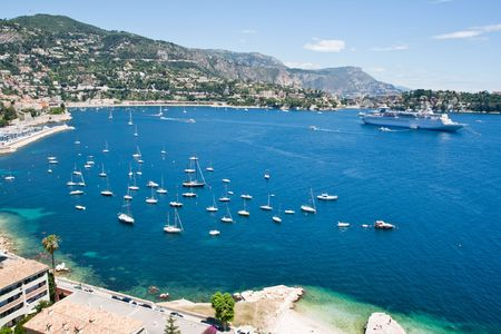 南フランス、コートダジュールを湾します。 写真素材