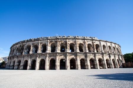 ローマ円形競技場でニーム、フランス 写真素材