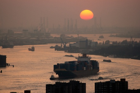 Harbor of Rotterdam at sunset Standard-Bild