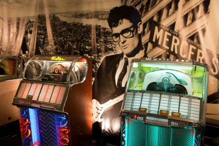 oldie: ROSMALEN, THE NETHERLANDS - OCTOBER 15: Classic Jukeboxes for sale at the Rock Around the Jukebox event on October 15, 2011 in Autotron Rosmalen, Holland  Editorial