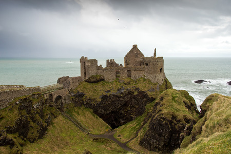 northern ireland: Dunluce castle, a ruined medieval castle in Northern Ireland