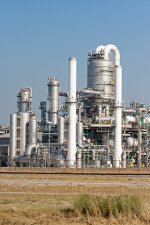 rafinery: petrochemical industry